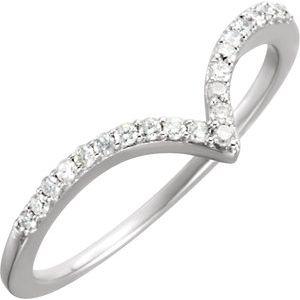 14K White 1/6 CTW Diamond V Ring Size 5