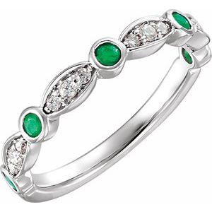 14K White Emerald & 1/6 CTW Diamond Ring