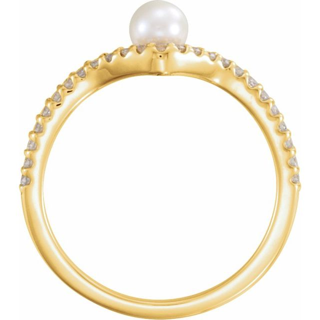 14K Yellow Cultured White Freshwater Cultured Pearl & 1/5 CTW Natural Diamond V Ring