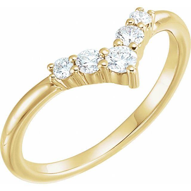 14K Yellow 1/4 CTW Diamond Graduated