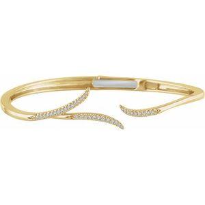 "14K Yellow 1/4 CTW Diamond Hinged 7"" Bracelet"