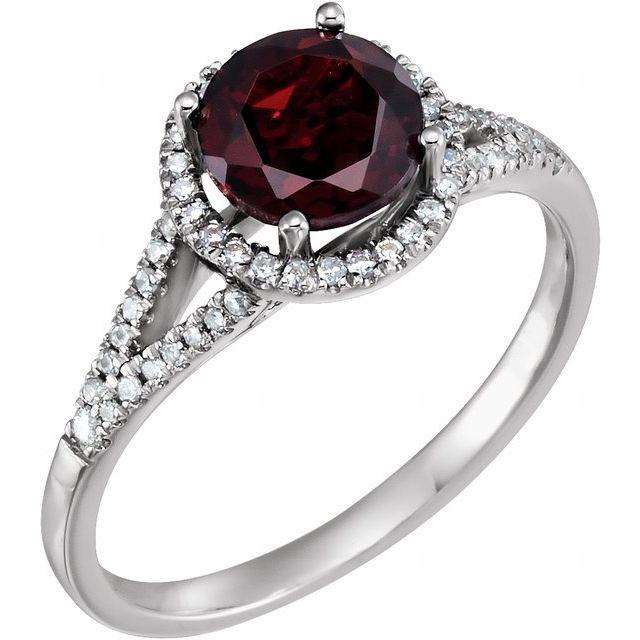 14K White Natural Mozambique Garnet & 1/6 CTW Natural Diamond Ring
