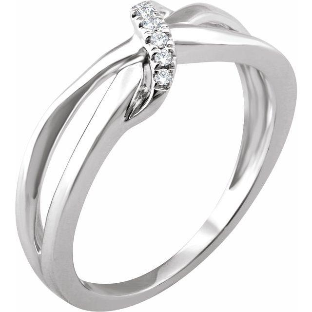 14K White .05 CTW Diamond Negative Space Ring