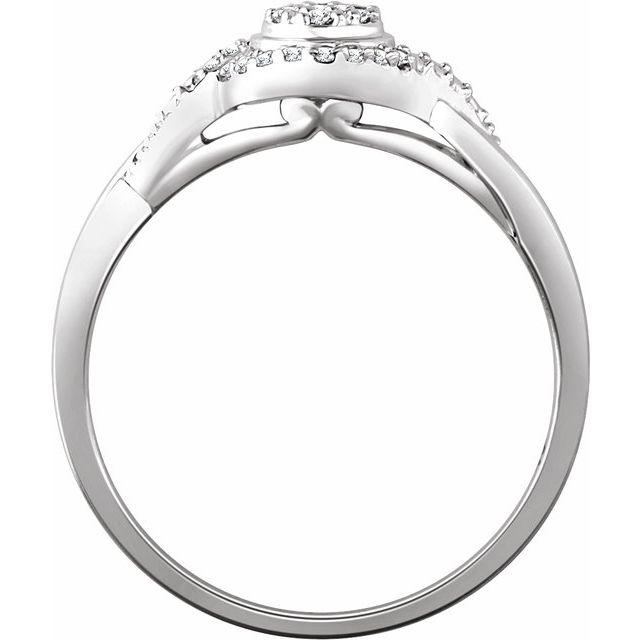 10K White 1/10 CTW Diamond Promise Ring