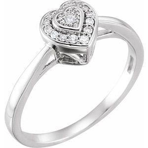 10K White .08 CTW Diamond Heart Promise Ring