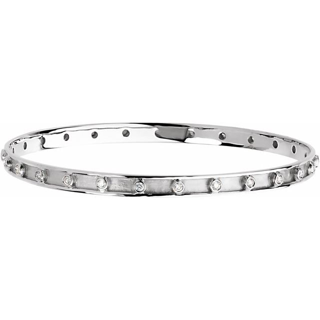 "14K White 3/4 CTW Diamond Bangle 7 1/4"" Bracelet"
