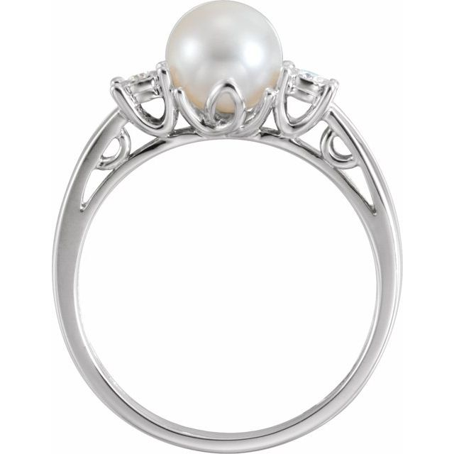 14K White Freshwater Pearl and .04CTW Diamond Ring