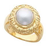 Floral-Inspired Mabé Pearl Ring
