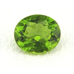Peridot Oval 6.42 carat Green Photo