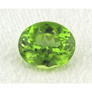 Peridot Oval 5.54 carat Green Photo