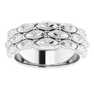 https://meteor.stullercloud.com/das/72101585?obj=metals&obj.recipe=white&obj=stones/diamonds/g_Accent&$standard$
