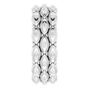 https://meteor.stullercloud.com/das/72341756?obj=metals&obj.recipe=white&obj=stones/diamonds/g_Accent&$standard$
