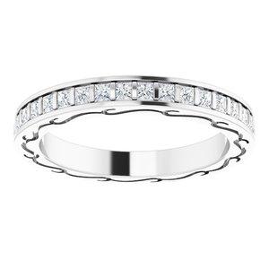 https://meteor.stullercloud.com/das/72841551?obj=metals&obj.recipe=white&obj=stones/diamonds/g_Center&$standard$