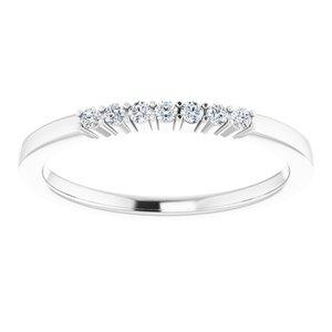 https://meteor.stullercloud.com/das/72953819?obj=metals&obj.recipe=white&obj=stones/diamonds/g_Accent&$standard$