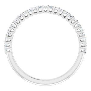https://meteor.stullercloud.com/das/73051534?obj=metals&obj.recipe=white&obj=stones/diamonds/g_Accent&$standard$