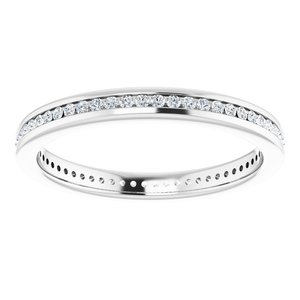 https://meteor.stullercloud.com/das/73054891?obj=metals&obj.recipe=white&obj=stones/diamonds/g_Accent&$standard$