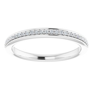 https://meteor.stullercloud.com/das/73074984?obj=metals&obj.recipe=white&obj=stones/diamonds/g_Accent&$standard$
