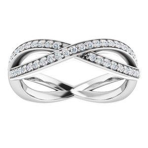 https://meteor.stullercloud.com/das/73076451?obj=metals&obj.recipe=white&obj=stones/diamonds/g_Accent&$standard$
