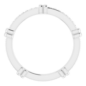 https://meteor.stullercloud.com/das/73101792?obj=metals&obj.recipe=white&obj=stones/diamonds/g_Accent&$standard$