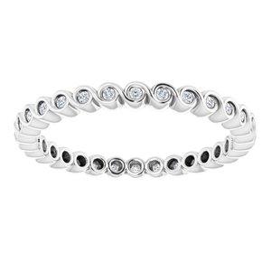 https://meteor.stullercloud.com/das/73194535?obj=metals&obj.recipe=white&obj=stones/diamonds/g_Accent&$standard$