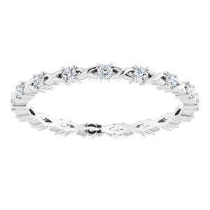 https://meteor.stullercloud.com/das/73201505?obj=metals&obj.recipe=white&obj=stones/diamonds/g_Accent&$standard$