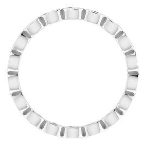https://meteor.stullercloud.com/das/73212848?obj=metals&obj.recipe=white&obj=stones/diamonds/g_Accent&$standard$