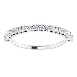 https://meteor.stullercloud.com/das/73278163?obj=metals&obj.recipe=white&obj=stones/diamonds/g_Accent&$standard$