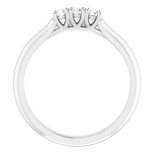 https://meteor.stullercloud.com/das/73298500?obj=metals&obj.recipe=white&obj=stones/diamonds/g_Stone%201&obj=stones/diamonds/g_Stone%202&obj=stones/diamonds/g_Stone%203&$standard$