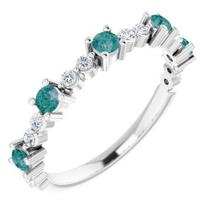 14K White Chatham® Created Alexandrite & 1/5 CTW Diamond Ring