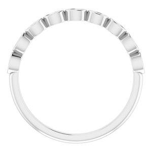 https://meteor.stullercloud.com/das/73362254?obj=metals&obj.recipe=white&obj=stones/diamonds/g_Accent&$standard$