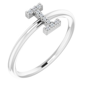 14K White .04 CTW Diamond Initial I Ring