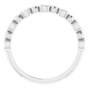 https://meteor.stullercloud.com/das/73388270?obj=metals&obj.recipe=white&obj=stones/diamonds/g_Accent&$standard$