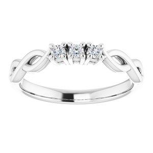 https://meteor.stullercloud.com/das/73397052?obj=metals&obj.recipe=white&obj=stones/diamonds/g_Center%201&obj=stones/diamonds/g_Center%202&obj=stones/diamonds/g_Center%203&$standard$