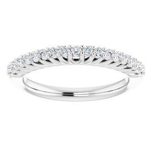 https://meteor.stullercloud.com/das/73398989?obj=metals&obj.recipe=white&obj=stones/diamonds/g_Accent&$standard$