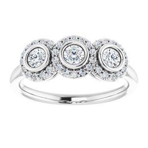https://meteor.stullercloud.com/das/73412069?obj=metals&obj.recipe=white&obj=stones/diamonds/g_Center%201&obj=stones/diamonds/g_Center%202&obj=stones/diamonds/g_Center%203&obj=stones/diamonds/g_Halo%201&obj=stones/diamonds/g_Halo%202&obj=stones/diamonds/g_Halo%203&$standard$
