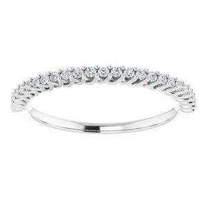 https://meteor.stullercloud.com/das/73465983?obj=metals&obj.recipe=white&obj=stones/diamonds/g_Accent&$standard$