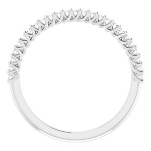 https://meteor.stullercloud.com/das/73466023?obj=metals&obj.recipe=white&obj=stones/diamonds/g_Accent&$standard$