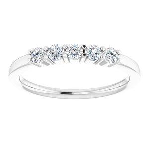 https://meteor.stullercloud.com/das/73466463?obj=metals&obj.recipe=white&obj=stones/diamonds/g_Center%201&obj=stones/diamonds/g_Center%202&obj=stones/diamonds/g_Center%203&obj=stones/diamonds/g_Center%204&obj=stones/diamonds/g_Center%205&$standard$