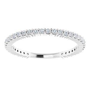 https://meteor.stullercloud.com/das/73467588?obj=metals&obj.recipe=white&obj=stones/diamonds/g_Accent&$standard$