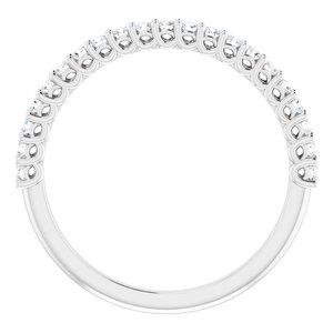 https://meteor.stullercloud.com/das/73481297?obj=metals&obj.recipe=white&obj=stones/diamonds/g_Accent&$standard$