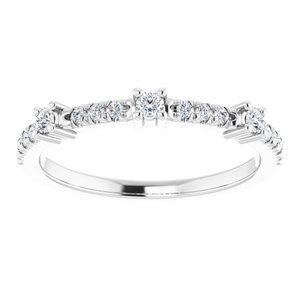 https://meteor.stullercloud.com/das/73533774?obj=metals&obj.recipe=white&obj=stones/diamonds/g_Center%201&obj=stones/diamonds/g_Center%202&obj=stones/diamonds/g_Center%203&obj=stones/diamonds/g_Accent%201&obj=stones/diamonds/g_Accent%202&obj=stones/diamonds/g_Accent%203&obj=stones/diamonds/g_Accent%204&$standard$