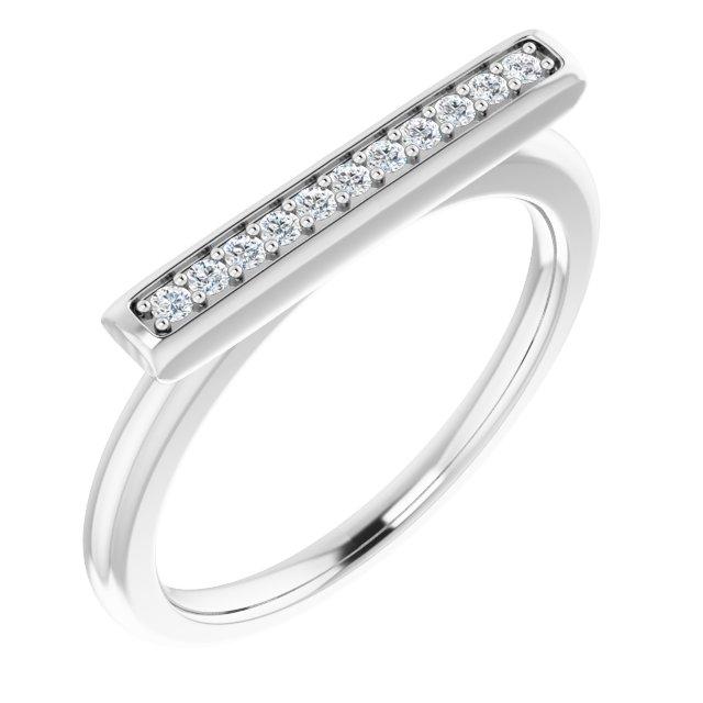 https://meteor.stullercloud.com/das/73566850?obj=metals&obj=stones/diamonds/g_accent&obj=metals&obj.recipe=white&$xlarge$