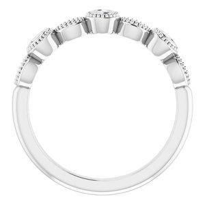 https://meteor.stullercloud.com/das/73669560?obj=metals&obj.recipe=white&obj=stones/diamonds/g_Center%201&obj=stones/diamonds/g_Center%202&obj=stones/diamonds/g_Center%203&obj=stones/diamonds/g_Accent&$standard$