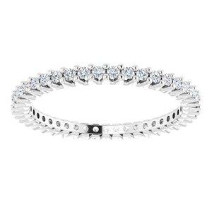 https://meteor.stullercloud.com/das/78506010?obj=metals&obj.recipe=white&obj=stones/diamonds/g_Accent&$standard$