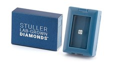 Stuller Lab-Grown Diamonds in Blue Box