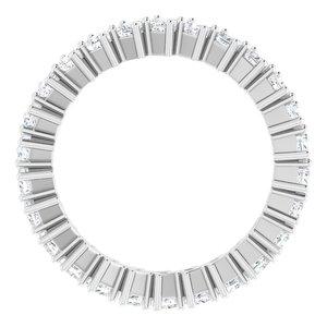 https://meteor.stullercloud.com/das/79088924?obj=metals&obj.recipe=white&obj=stones/diamonds/g_Accent&$standard$