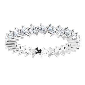 https://meteor.stullercloud.com/das/79088925?obj=metals&obj.recipe=white&obj=stones/diamonds/g_Accent&$standard$