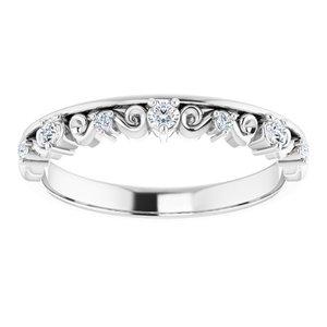 https://meteor.stullercloud.com/das/84773796?obj=metals&obj.recipe=white&obj=stones/diamonds/g_Center%201&obj=stones/diamonds/g_Center%202&obj=stones/diamonds/g_Center%203&obj=stones/diamonds/g_Accent&$standard$