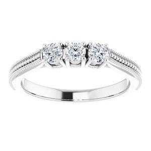 https://meteor.stullercloud.com/das/92489993?obj=metals&obj.recipe=white&obj=stones/diamonds/g_Center%201&obj=stones/diamonds/g_Center%202&obj=stones/diamonds/g_Center%203&$standard$