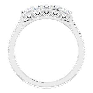 https://meteor.stullercloud.com/das/93814565?obj=metals&obj.recipe=white&obj=stones/diamonds/g_Center&obj=stones/diamonds/g_Side&obj=stones/diamonds/g_Accent&$standard$